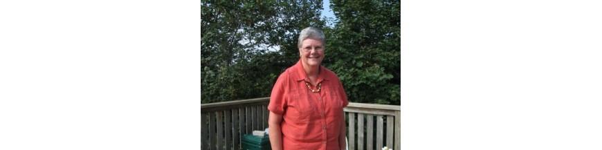 Holden, Lynne Caughey